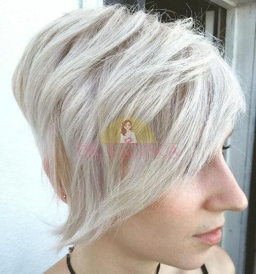 Açılı Kısa Saç